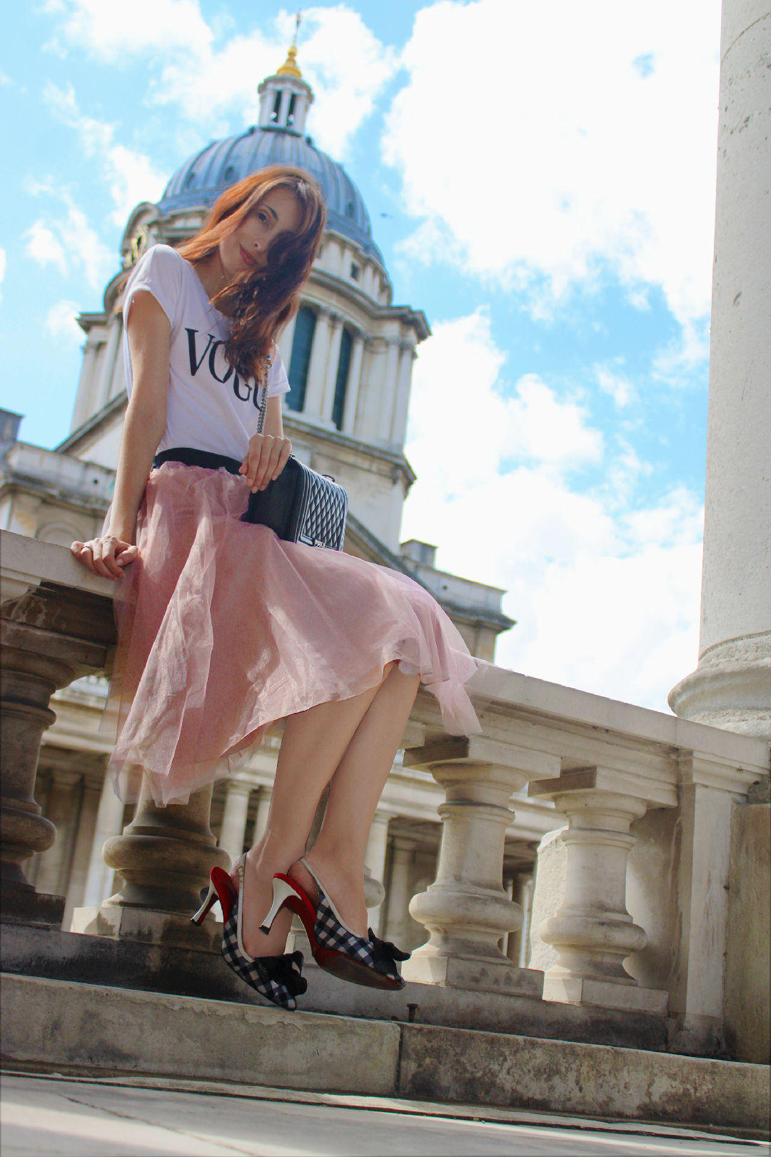 how to wear a pink tulle skirt