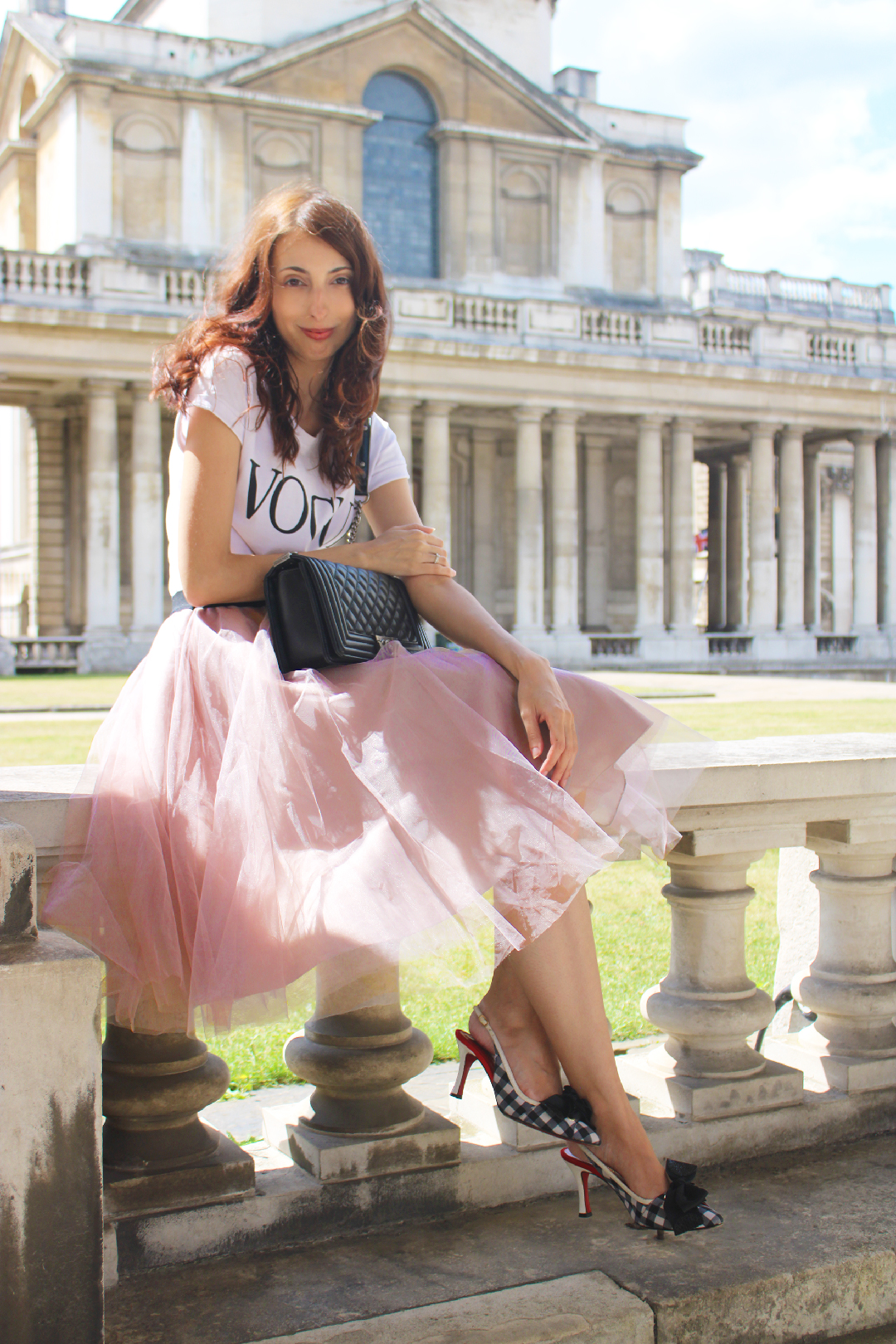 wearing a tulle skirt without looking like a ballerina