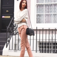 A Pastel Fall Transitional Outfit